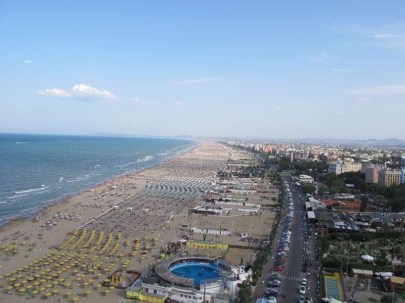 Римини, пляж