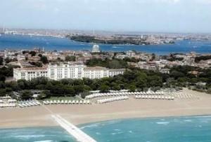 Отели и пляжи Лидо