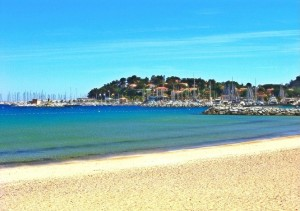Пляж в Калер-сюр-Мер, фото @Emmanuel Bertrand