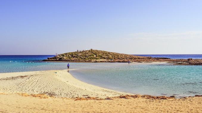 Кипр: пляж и море