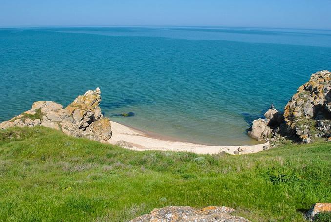 Генеральские пляжи, Крым