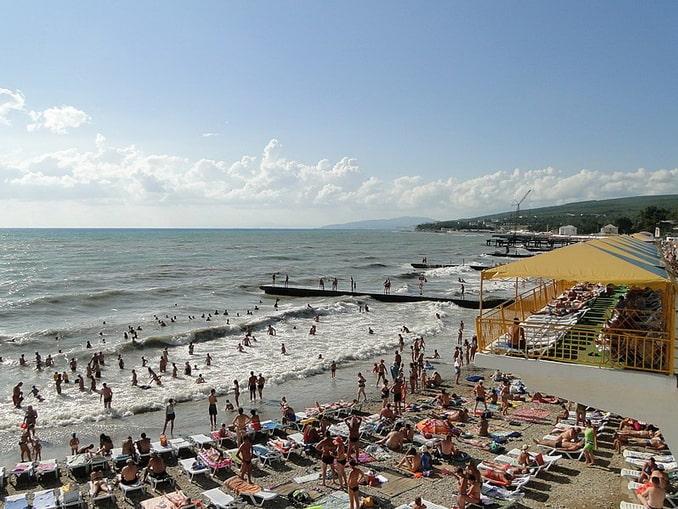 Пляжи в Дивноморском галечные, фото Наталья Филатова
