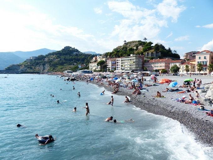 Пляж Вентимильи, Италия