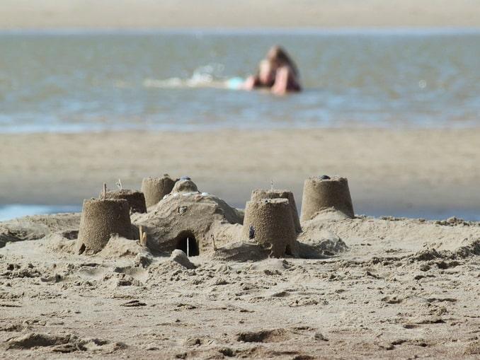 Песчаный замок - куда поехать с ребенком на Черное море
