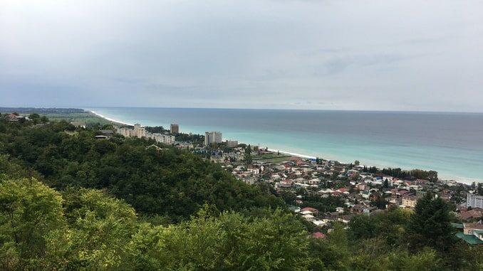 Море в Абхазии в июле