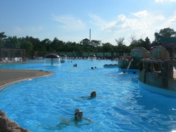 Аквапарк в Евпатории - в августе нужно много купаться