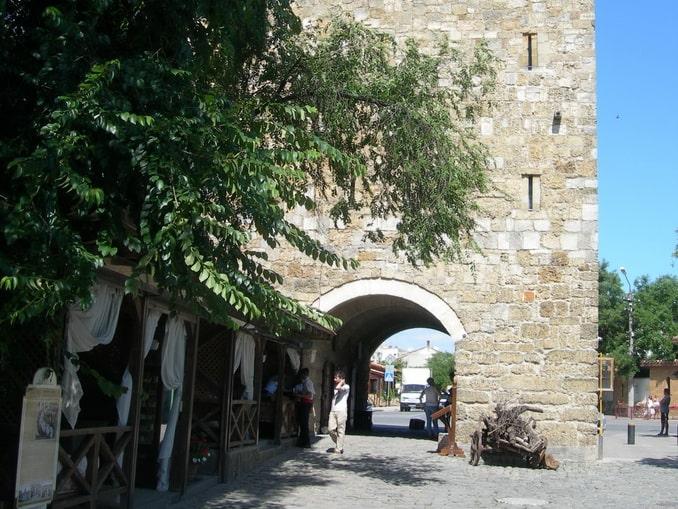 Старый город Евпатории в начале июля