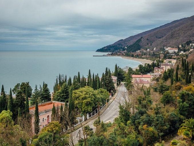 Гагра - в Абхазии в конце ноября уже нельзя купаться